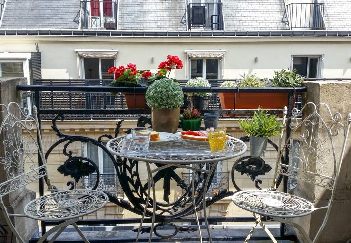 Looking for Accommodation in Paris: The English Guide