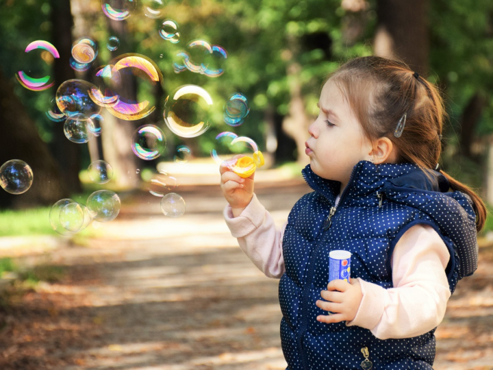Childcare Diploma: 5 activities for sensory development